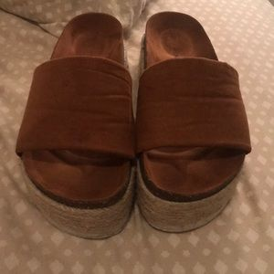 5989d85498d Show Me Your MuMu Shoes - Pippa Platform Slide - Tan